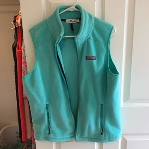 Vineyard Vines light fleece vest, size L, like new